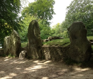 Wayland's Smithy - outside the barrow