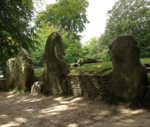 Wayland's Smithy - outside the barrow